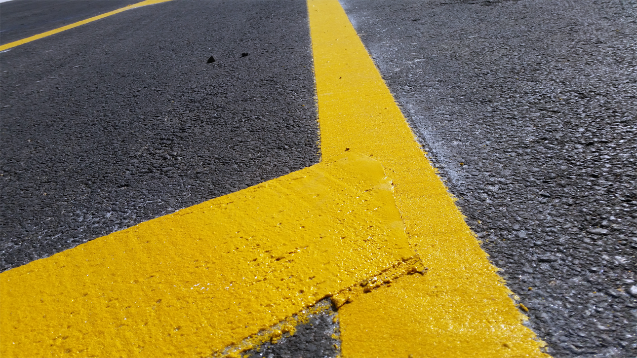 Thermoplastic Marking Accurate Pavement Striping